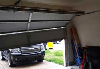 Garage Door Troubleshooting in Maywood IL